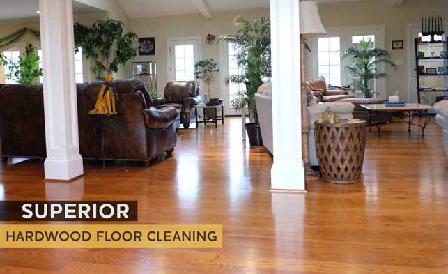 hardwoodfloor-cleaning